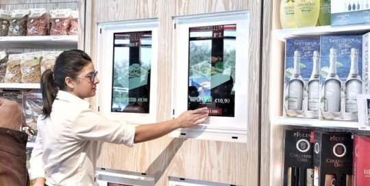 Installazione Serving Box in Autogrill | Totemmultimedia