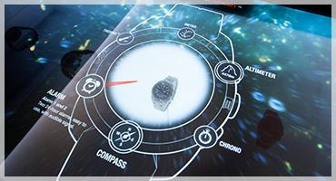 Vetrina interattiva con display trasparente
